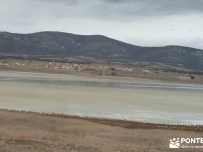 Hoces y cañones del Río Piedra y del Río Gallo -- Laguna Gallocanta - Mirador Laguna Gallocanta;r